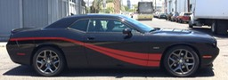 Dodge Challenger Pas Striped•••