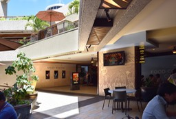 Royal Hawaiian Center Food court2•••