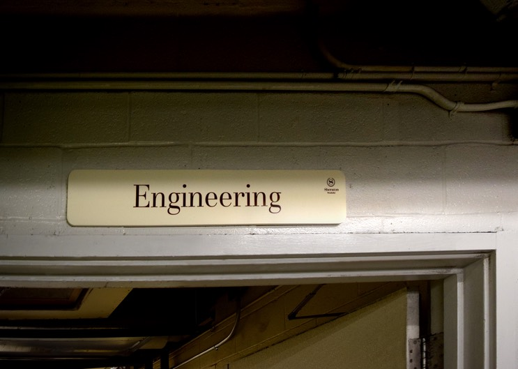 Sheraton Engineering sign•••